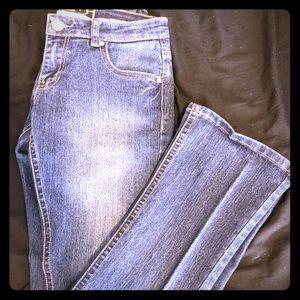 Women's size 3/4 Long Rue 21 jeans